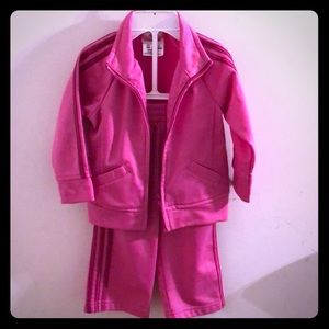 Adorable 2pc Adidas set in dark pink SOLD